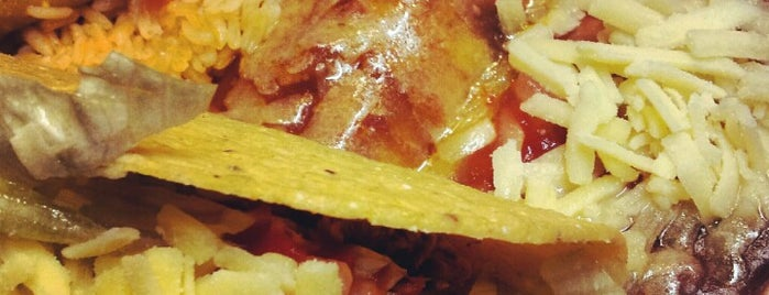 Taco Bill's is one of สถานที่ที่ Sara ถูกใจ.