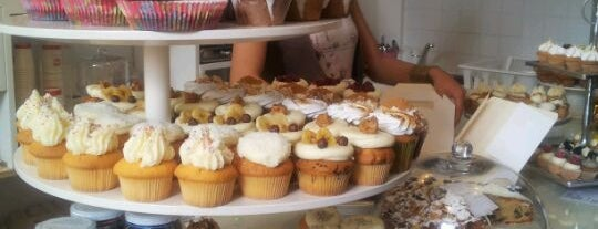 MoMade Cupcakes is one of Antwerp.