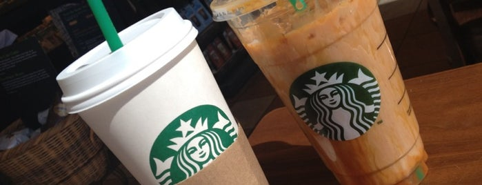 Starbucks is one of Edwardさんのお気に入りスポット.