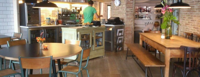 Tarannà is one of Barcelona's Brunches (TimeOut).