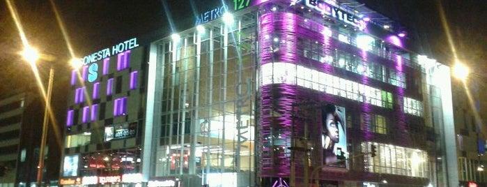 Metro 127 is one of Archie's en los Centros Comerciales.