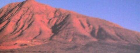 Montaña de Tindaya is one of Qué visitar en Fuerteventura.