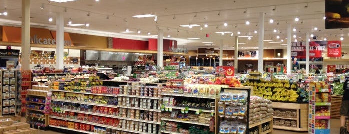Giant Food Store is one of Must-visit Food and Drink Shops in York.