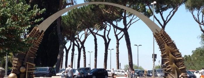 Piazza Giuseppe Garibaldi is one of Paul in'in Kaydettiği Mekanlar.