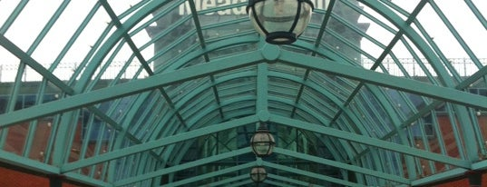Meadowhall Shopping Centre is one of Where I have been.