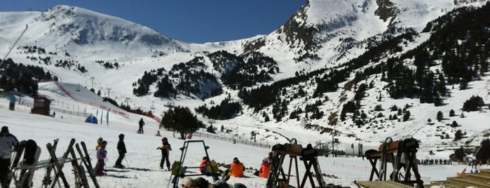 El Tarter - Grandvalira is one of Locais curtidos por jordi.