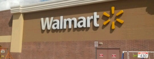Walmart Supercenter is one of Hayleyさんのお気に入りスポット.