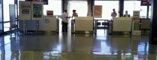 Gate 23 is one of 大阪国際空港(伊丹空港) 搭乗口 ITM gate.