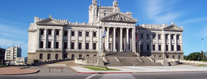Palacio Legislativo is one of Montevideo #4sqCities.