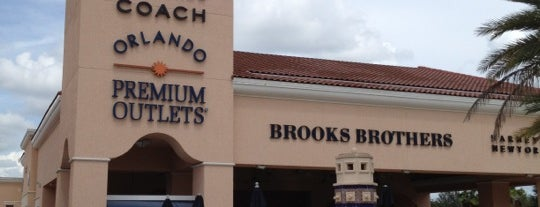 Orlando Vineland Premium Outlets is one of Locais curtidos por Sharoon.