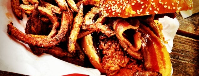 Cackalack's Hot Chicken Shack is one of Eat street.