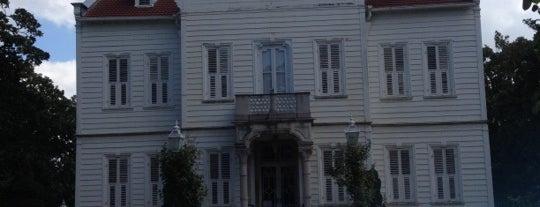 Maslak Kasrı is one of istanbul gezi listesi.