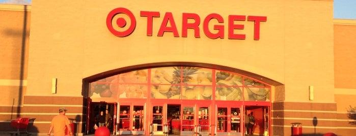 Target is one of Lugares favoritos de Erik.