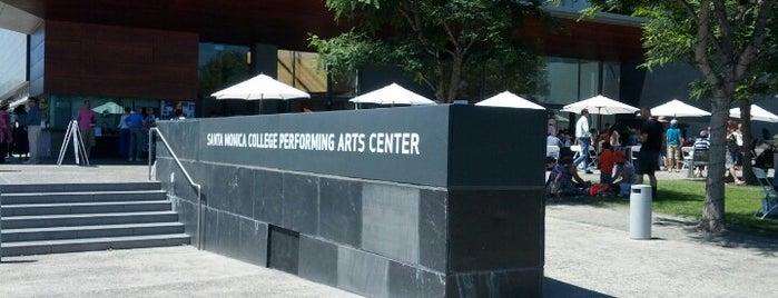 SMC Performing Arts Center is one of สถานที่ที่ Christina ถูกใจ.