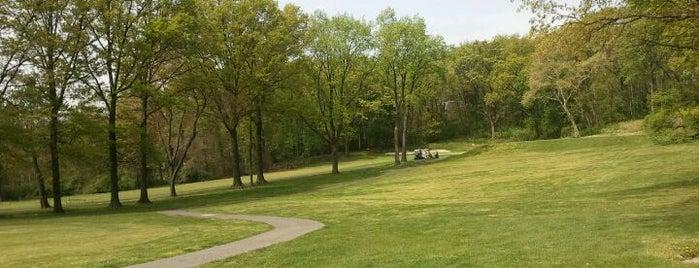 Silver Lake Golf Course is one of บันทึกเดินทาง New York.