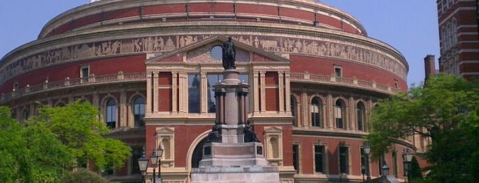 Royal Albert Hall is one of wonders of the world.