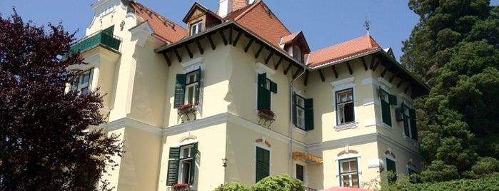 Villa Verdin is one of der unterschlupf.