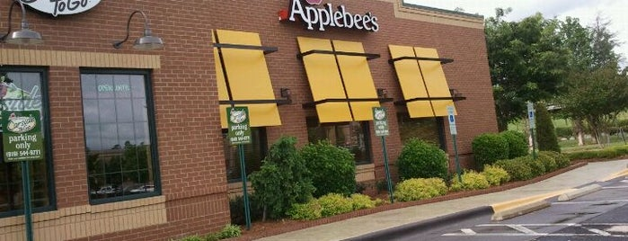 Applebee's Grill + Bar is one of Cathy's Liked Places.