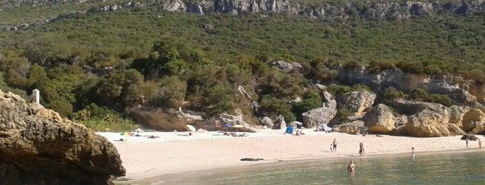 Praia dos Coelhos is one of esplanadas & cafés.