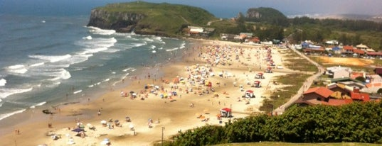 Praia da Cal is one of Torres, RS.