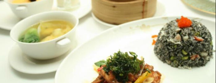 Xin Hwa is one of Fine restaurants around Jakarta.