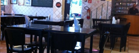 Blend Bar is one of Restaurants.