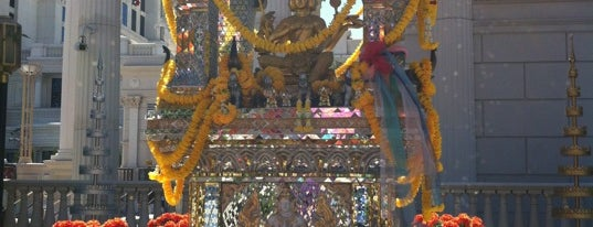Brahma Shrine is one of Vegas Vacation.