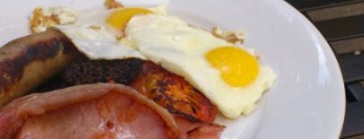 J+A Café is one of Breakfast/Brunch in London.