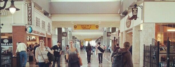 Austin Bergstrom International Airport (AUS) is one of สนามบินนานาชาติ (1).