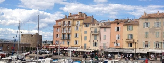 Port de Saint-Tropez is one of Tempat yang Disukai Swen.