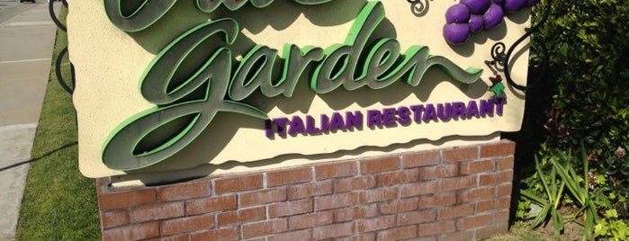 Olive Garden is one of Lieux sauvegardés par Cris.