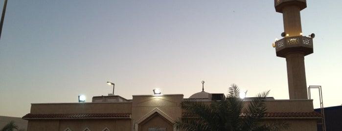 مسجد سلطان بوطيبان is one of Lieux qui ont plu à Ⓦ.ⒶⓁⓇ95.