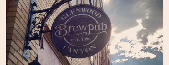 Glenwood Canyon Brewing Company is one of Lugares favoritos de Andrea.