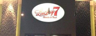 Lucky 7 - Drink & Food is one of Valdivia.