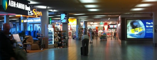 Concourse D is one of Orte, die Chia gefallen.
