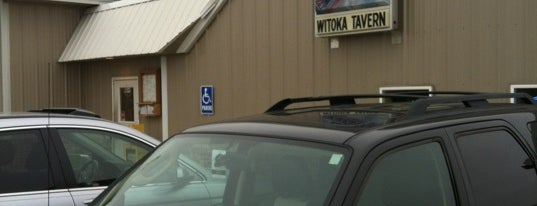 Witoka Tavern is one of Locais curtidos por Brooke.