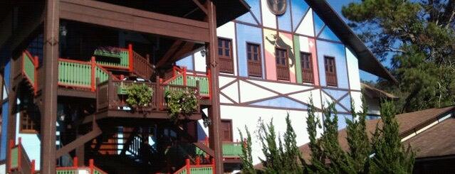 Le Canton Village is one of Viagem.