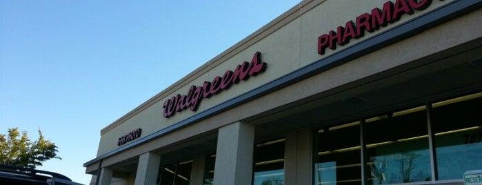 Walgreens is one of Aleciaさんのお気に入りスポット.