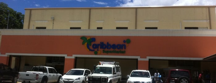 Caribbean Market is one of Locais curtidos por Louis Robert.
