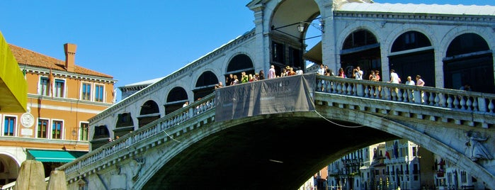 Ponte di Rialto is one of Follow the Orient Express — Şark Ekspresi.