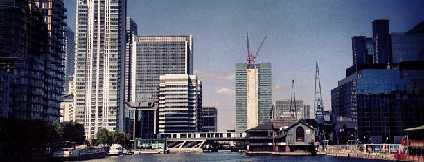 Glengall Bridge is one of London.