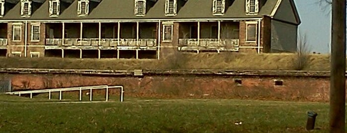 Historic Fort Wayne is one of Lieux sauvegardés par JULIE.