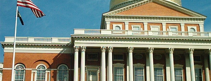 Massachusetts State House is one of Boston Freedom Trail Tour.
