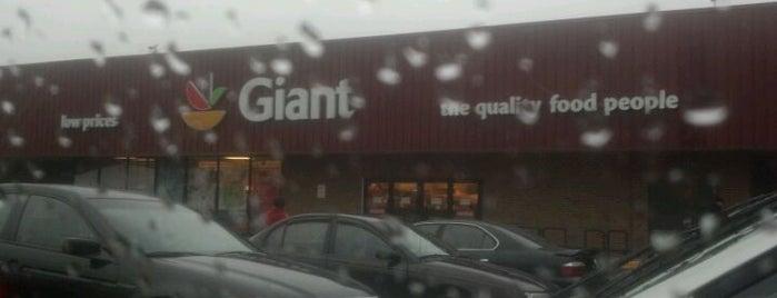 Giant Food is one of Lieux qui ont plu à Den.
