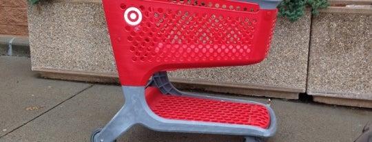 Target is one of Locais curtidos por Lindsaye.