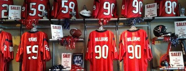 Go Texan Store is one of สถานที่ที่ Stacia ถูกใจ.