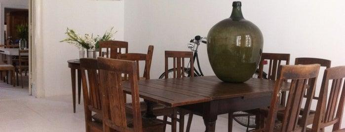 Niesiarkowana Eco Cafe is one of Locais salvos de Natalia.