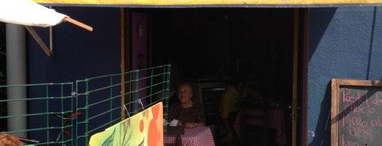 Un Café Y Algo Más is one of Oferta gastronómica Quinta Normal & Barrio Yungay.