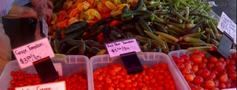 West Hollywood Certified Farmers' Market is one of Our LA neighborhood.