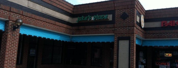 Jake's Place Men's Salon & Spa is one of Tempat yang Disukai David.